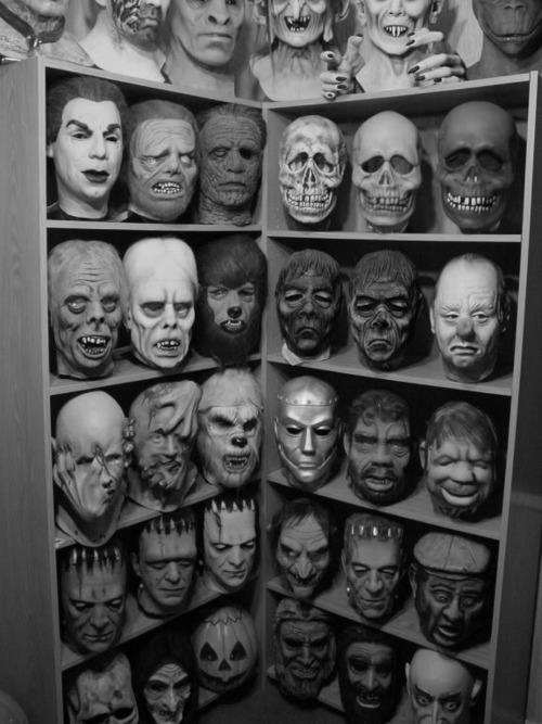 creepy-masks-535f193a-sz500x667-animate
