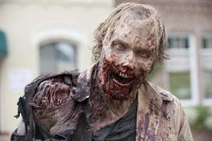 Walking-Dead-35-Zombie-03